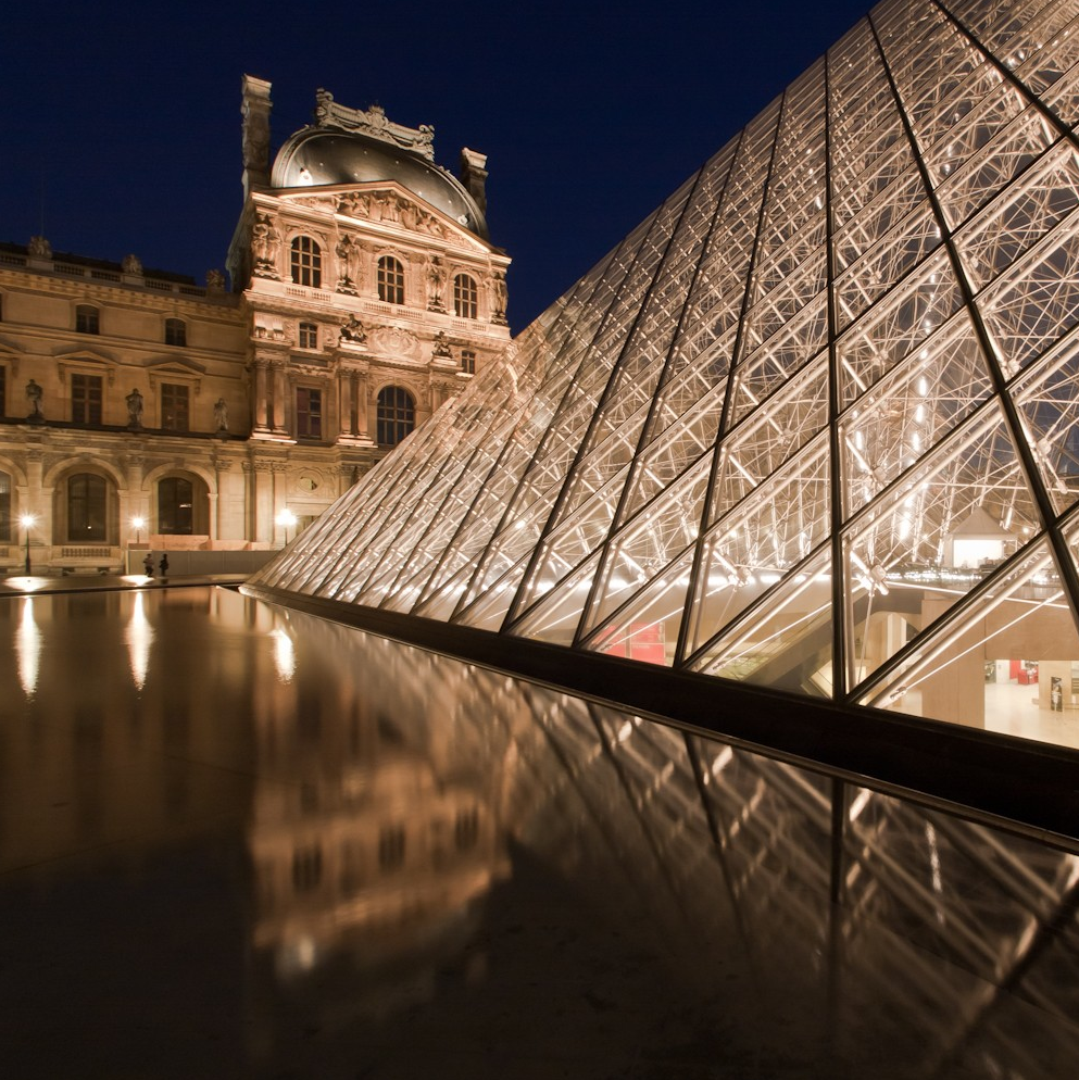 a comparison of peis grand louvre pyramid and saarinens twa terminal Plus grand complexe scientifique et m dical de france with popular tourist attractions such as the louvre museum, notre-dame cathedral.
