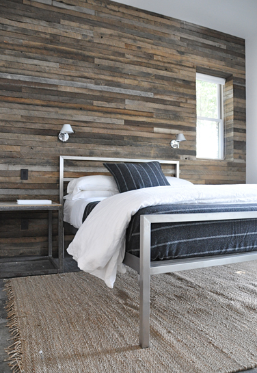 bed back wooden wall - photo #3
