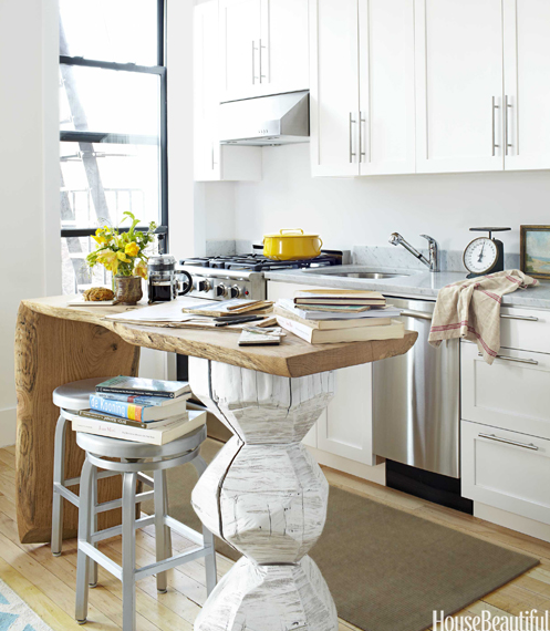 Studio apartment kitchen a thoughtful eye for Small studio apartment kitchen ideas